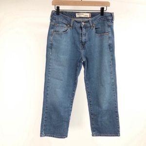 🔥Levis Nouveau capri Whitewash 515 size 8 jeans